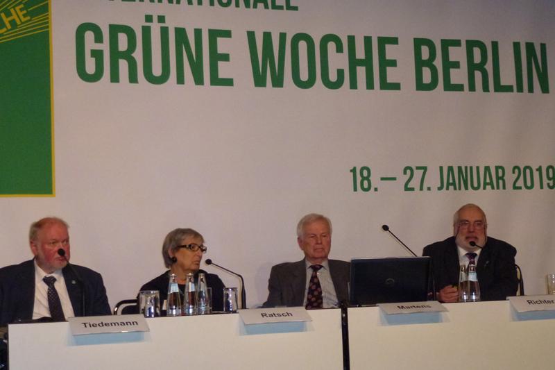 Pressekonferenz der BTK auf der IGW Berlin 2019 zum Thema ''Qualzucht bei Nutztieren?''