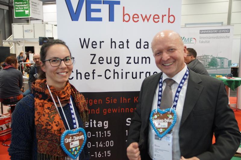 Beim VETbewerb von Vetion.de (20 Jahre) und PAUL  (5 Jahre) gaben sich junge und versierte Tierärzte  die Ehre (rechts: Prof. Walter Brehm)