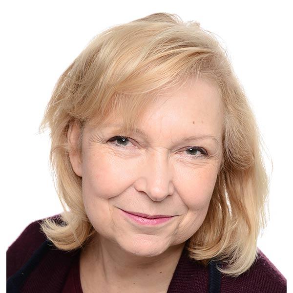 Dr. Cécile-Simone Alexander