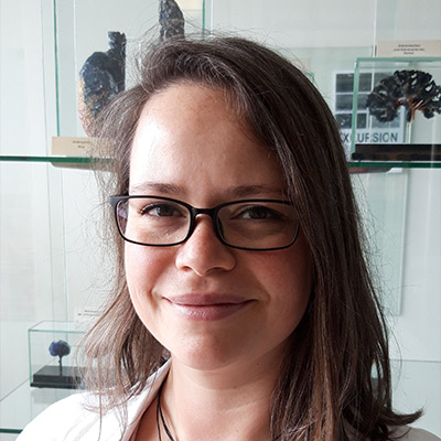 PD Dr.  Daniela  Fietz