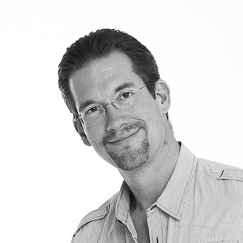 Dr.  Stephan  Gronostay
