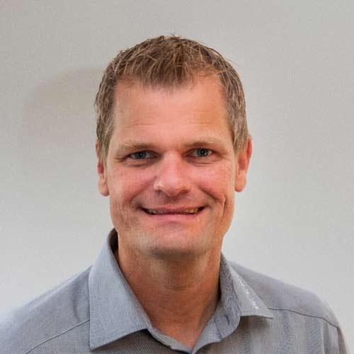 Dr.  Torsten  Pabst